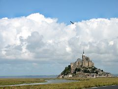 bikever bike hiring rental regions brittany places cities unusual landscape sea land mont saint michel bay