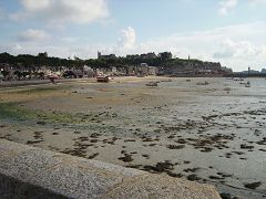 bikever bike hiring rental regions brittany places cities unusual landscape sea land oyster cancale
