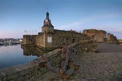 bikever hiring bike rental regions brittany places cities unusual landscape sea land concarneau port
