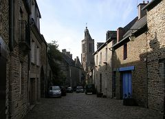 bikever bike hiring rental regions brittany places cities unusual landscape sea land dol fortress cathedral