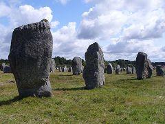 bikever bike hiring rental regions brittany places cities unusual landscape sea land carnac menhir stele prehistory