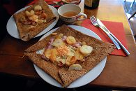 bikever velo location regions bretagne culture terroir table gastronomie galette crepe
